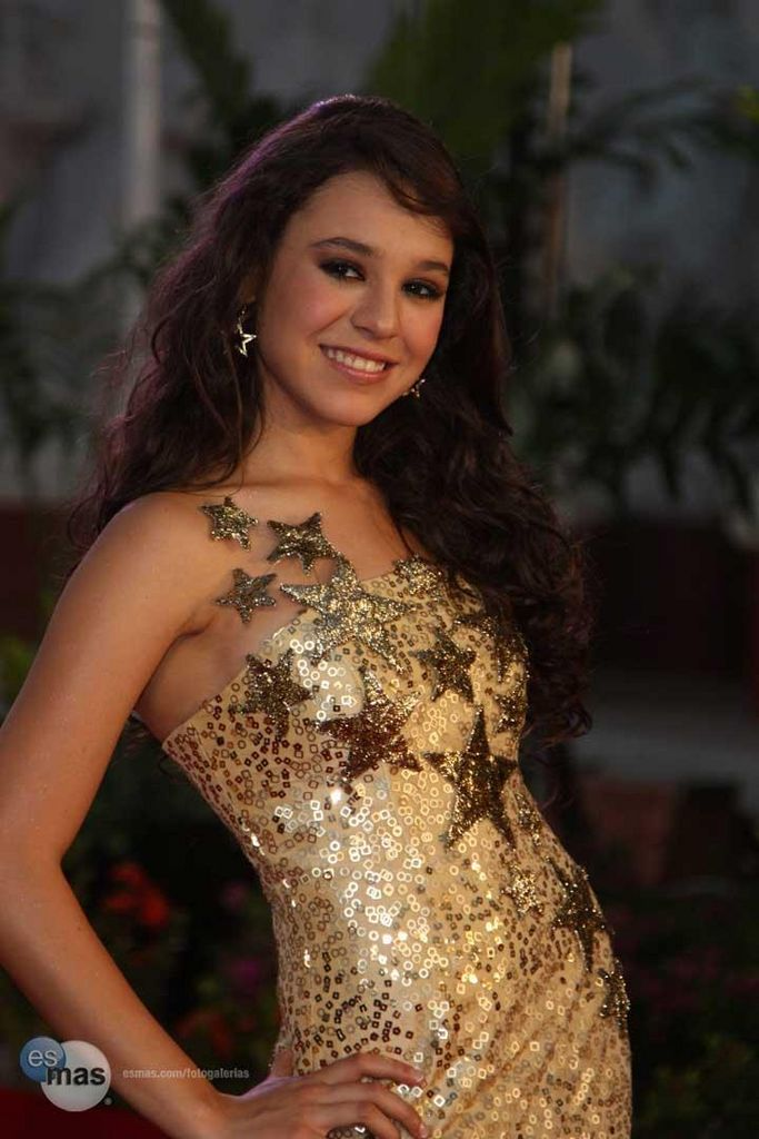 Search Results for: Danna Paola